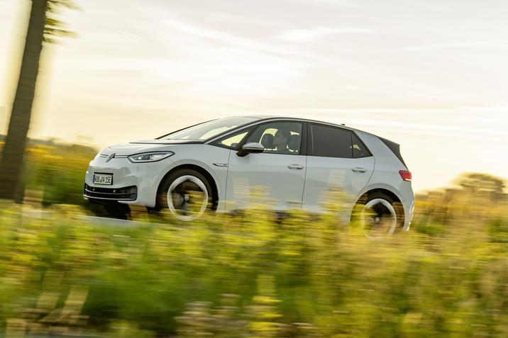 Elektromos VW villanyautó